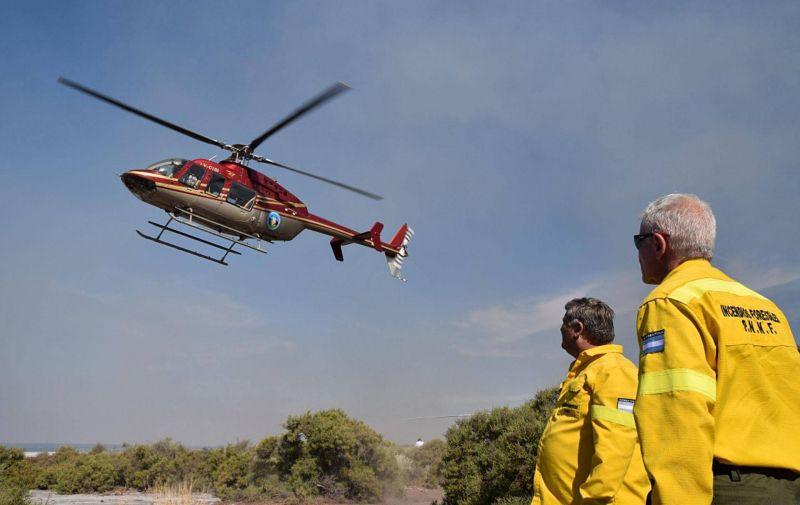 Incendios forestales: un documento revela que contrataron a dedo una empresa española antes de que finalizara la licitación