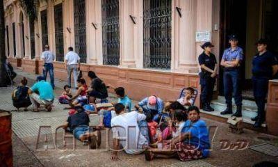 #Protestas: ante la indiferencia del Gobierno, los tareferos mantendrán el acampe  en la plaza 9 de Julio