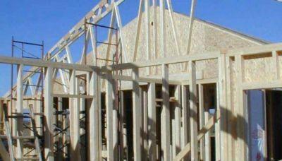 Advierten incumplimientos en entregas de viviendas prefabricadas