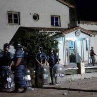 Pueblada en Benito Juárez: El intendente pidió esperar que la Justicia investigue y repudió la violencia