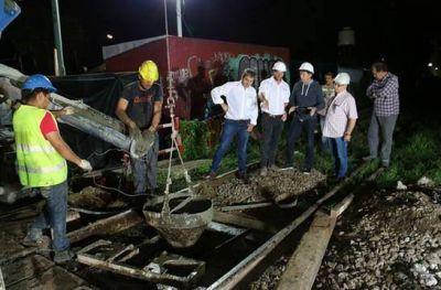 Con trabajos nocturnos avanza la construcción del túnel de España
