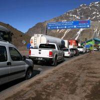 Paciencia: podría haber demoras por un paro en la aduana chilena