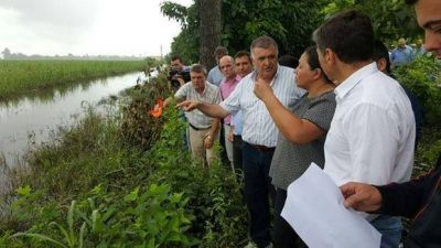 El Gobierno brinda asistencia a las familias afectadas de Villa Quinteros