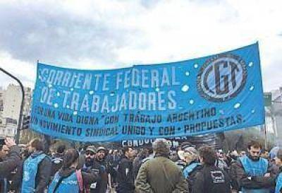 La Corriente Federal presiona a la CGT y pide evitar