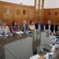 Coparticipación y reforma impositiva, ejes de la cita con Nación