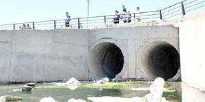 Piden urgente intervención nacional ante denuncia de contaminación del rio Paraguay