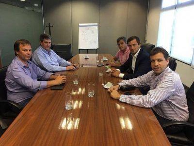 Intendentes peronistas se reunieron con el ministro Roberto Gigante