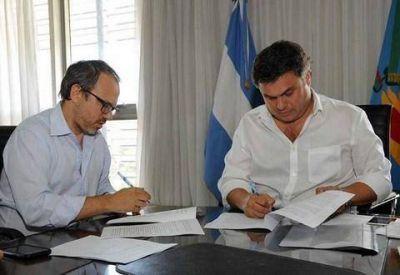 Valenzuela firmó con López Medrano el traspaso del SAE