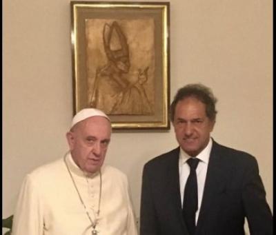 El Papa recibió a Daniel Scioli en el Vaticano por segunda vez