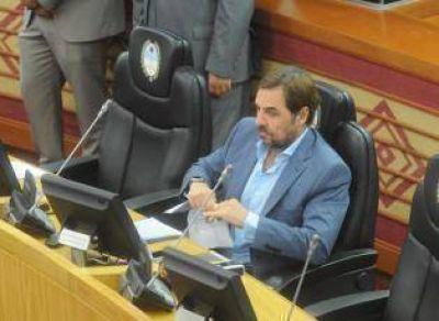 Un juez frena el decreto mediante el cual Jaldo cesanteó a asesores de un legislador opositor