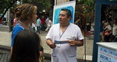 Empezó el operativo de vacunación en peatonal Muñecas