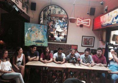 Juventudes partidarias repudiaron las medidas de Arroyo