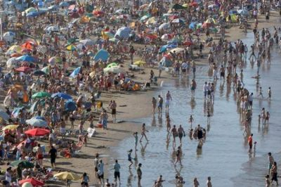 ¿Por qué son ilegales las requisas en las playas marplatenses?