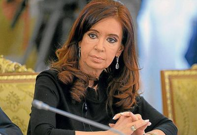En plan de sumar fuerzas, Cristina se reunió en secreto con sindicalistas
