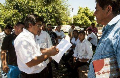 Tercerizados del Gobierno reclaman por falta de pagos