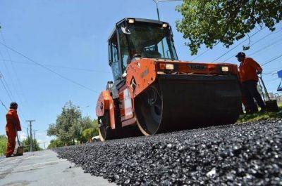 Avenida Savio: continúan los trabajos de repavimentación