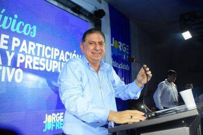 El Ing. Jofre satisfecho con la ejecución de cada uno de los integrantes de su gabinete