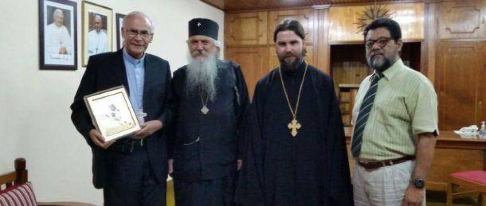 Un encuentro amistoso se celebró el sábado entre Monseñor Robledo y el Vladyka Ioann