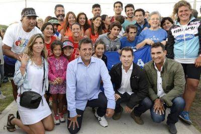 """Massa hizo pie en Miramar: """"""""La Argentina necesita pensar como saca a los chicos de la droga"""""""