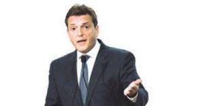 Massa espera a CFK y Scioli para definir su candidatura
