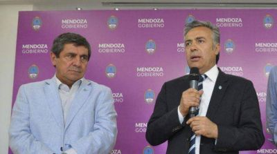 Renunció el ministro de Salud de Mendoza, Rubén Giacchi