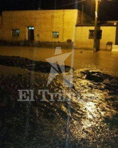 Bárcena: Nuevamente desbordó el Arroyo del Medio