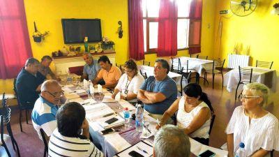En Córdoba, Frutos encabezó la primera reunión de Conducción del 2017