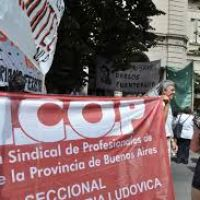 El gobierno de Vidal busca frenar el paro de los médicos bonaerenses