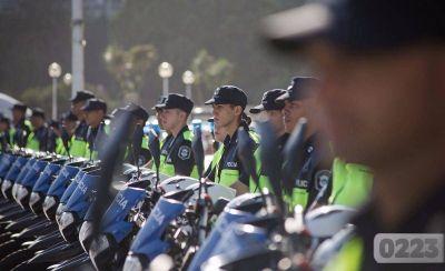 El ministro Ritondo entregará motos para los Comandos de Patrullas