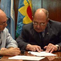 Contradiciendo a algunos concejales propios Arroyo vetó tres ordenanzas