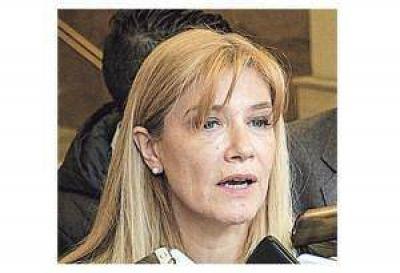 Intendentes del PJ contra Vidal por el veto al Presupuesto