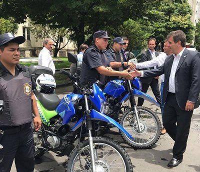 Cristian Ritondo entregará motos para los comandos de patrullas