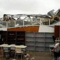 Reconstruyen la escuela que casi hace desaparecer el temporal