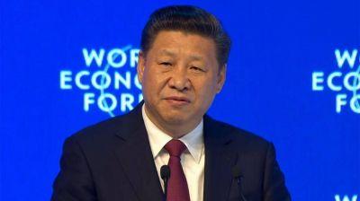 Xi Jinping defendió la economía global y criticó el proteccionismo en el Foro de Davos
