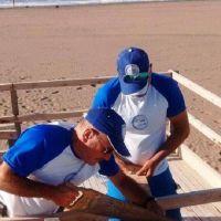Personal de Playas Limpias repararon la bajada accesible de Claromecó