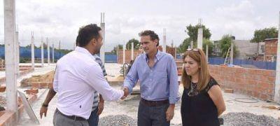 Katopodis recorrió la obra del Centro de Cuidado Infantil de Villa Hidalgo