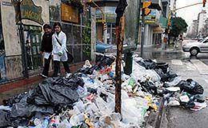 Tras acuerdo con Ciudad recolectores de basura garantizaron el servicio