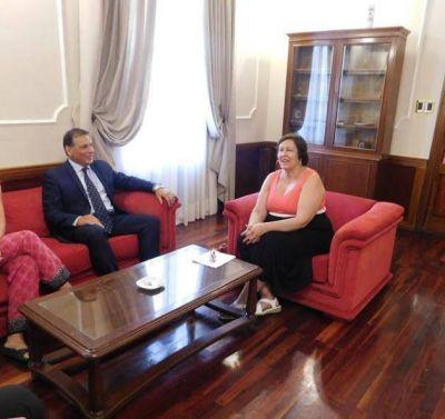 Adriana Bazzano se reunió con Enrique Ponce