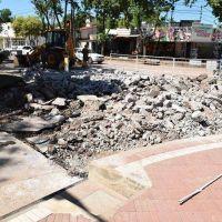 Bruno Construcciones comenzó tareas del plan de repavimentación de avenida Cabral