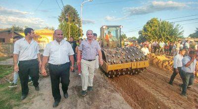 Manzur supervisó la obra de la ruta 304 en Alderetes