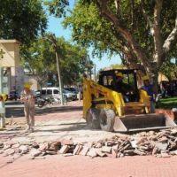 Arrancaron las reformas en la plaza Pringles de la Estación