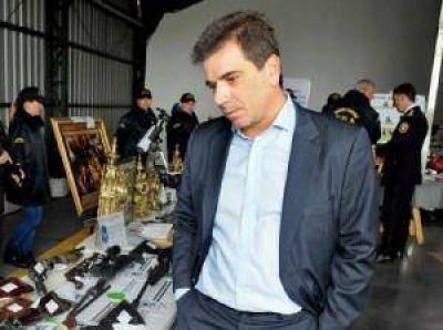 Respaldan decisión de Vidal de apartar a policías que no presentaron declaración jurada