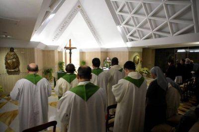 """El Papa en Sta. Marta: """"Una vida cristiana sin tentaciones no es cristiana"""""""