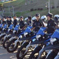 """Di Cesare sumó 16 motos a la policía y elogió a Ritondo: """"Tenemos un ministerio de puertas abiertas"""""""