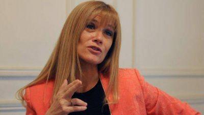 """Verónica Magario """"Tenemos que tener la grandeza de pensar en la gente y no en los dirigentes"""""""