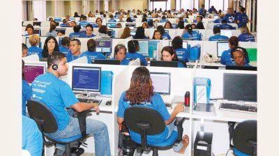 Por medida del Central, peligran 10.000 empleos en call centers
