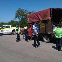 Inspeccionan más vehículos para evitar vuelcos de basura