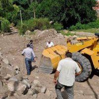 Mejoran y recuperan calles en El Rodeo