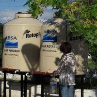 Los usuarios de Villa Castells y Gonnet deben esperar un año por el agua potable