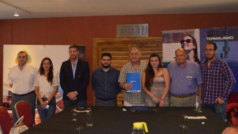Las Termas firmó convenio con transporte de la Nación